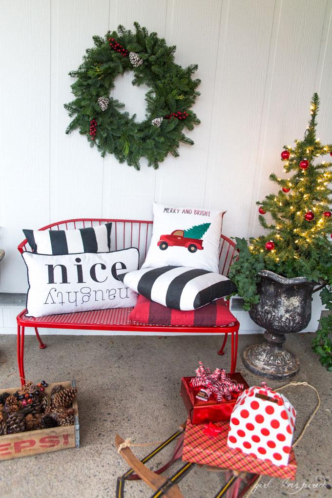 Christmas Pillows With Custom Iron-on Designs Dwellingdecor
