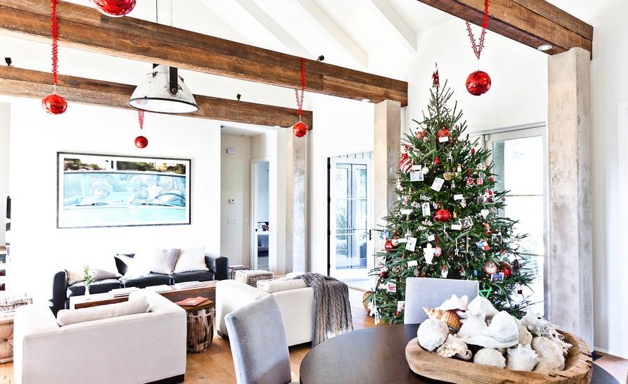 Contemporary Family Room Christmas Decoration Dwellingdecor