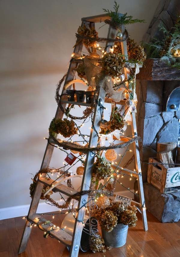 DIY Christmas Ladder Tree Dwellingdecor