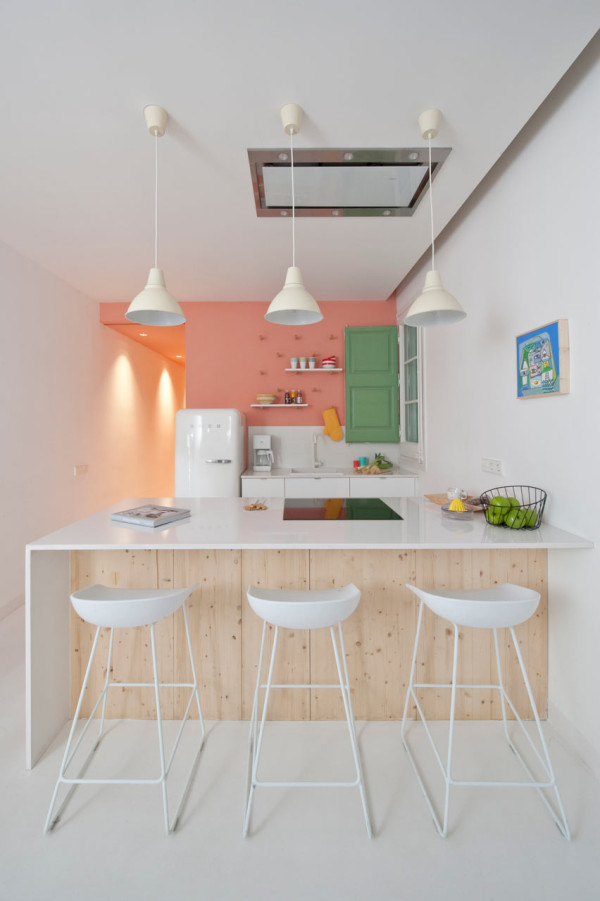 Flawles Pink & White Kitchen