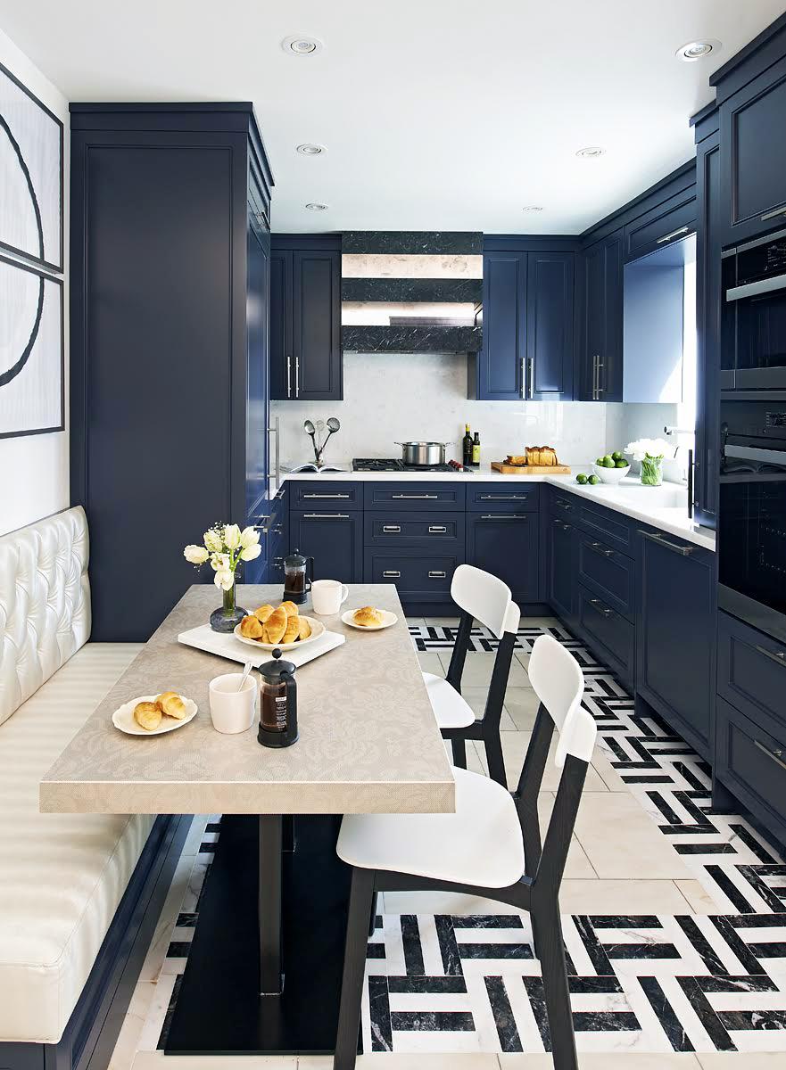 Fresh And Enduring Black & White Kitchen Dwellingdecor