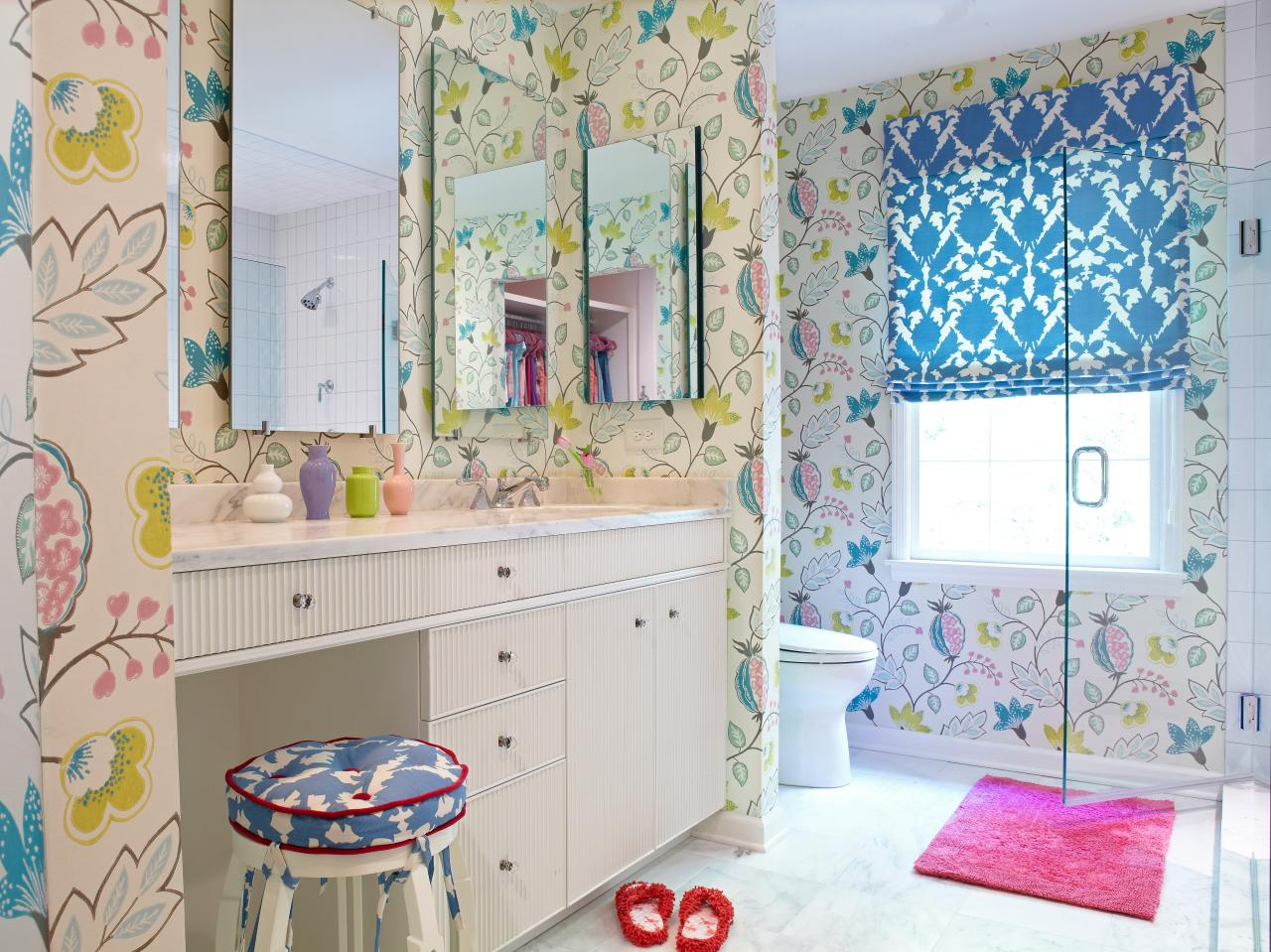 Funky Small Bathroom With Floral Wallpaper Design