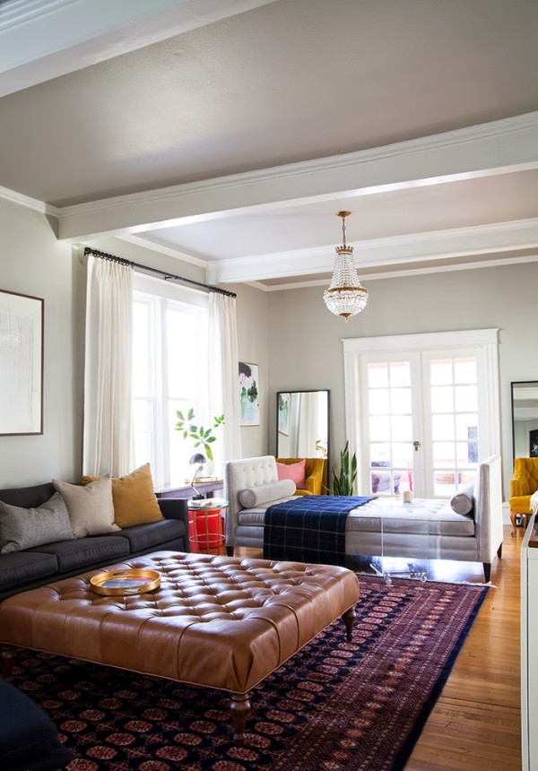 Large Living Room With Multiple Seatings Dwellingdecor