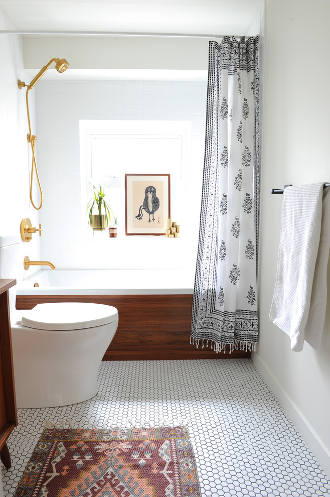 Small Midcentury Modern Bathroom