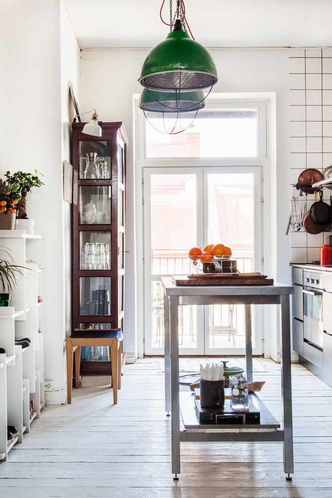Amazing Eclectic Kitchen With Green Pendant Light Dwellingdecor