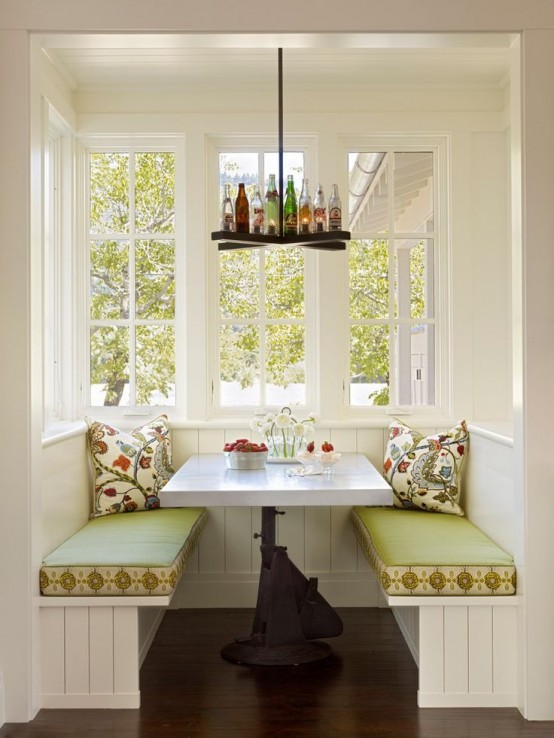 Breakfast Nook Ideas For Your Kitchen dwellingdecor (14)