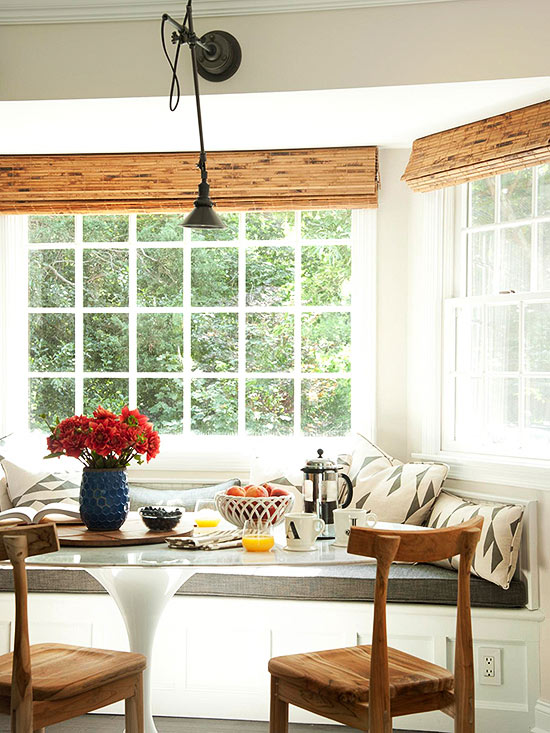 Breakfast Nook Ideas For Your Kitchen dwellingdecor (20)