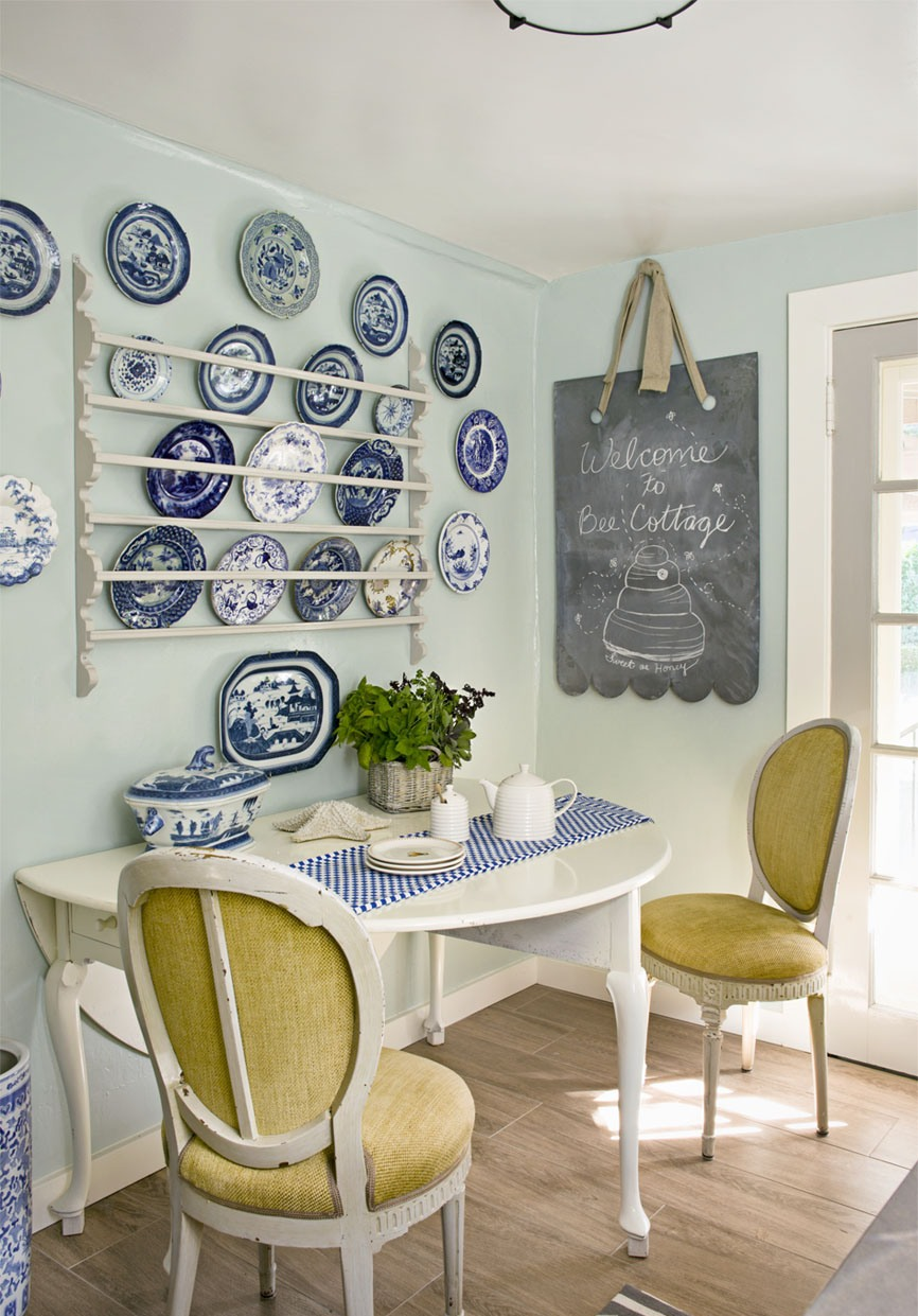 Breakfast Nook Ideas For Your Kitchen dwellingdecor (26)