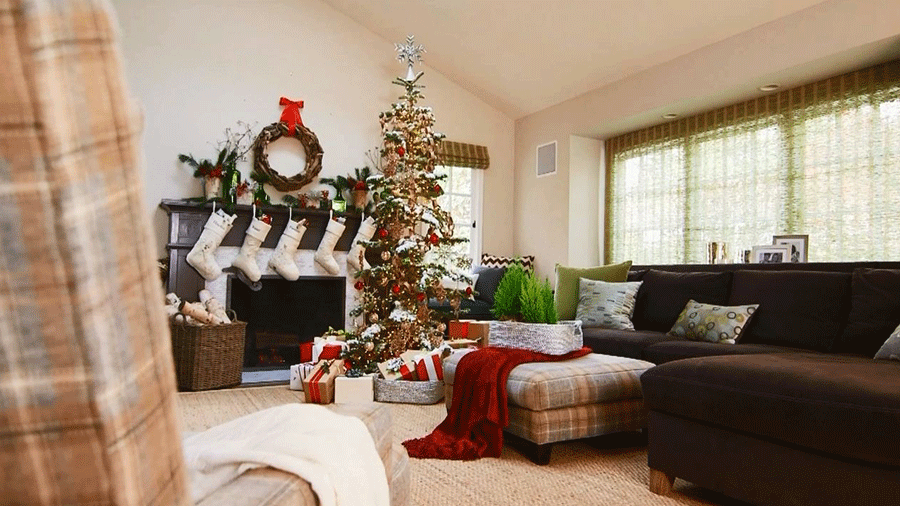 Christmas Living Room Decorations dwellingdecor (1)