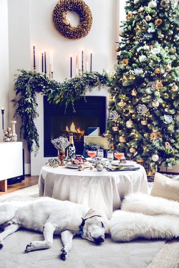 Christmas Living Room Decorations dwellingdecor (10)