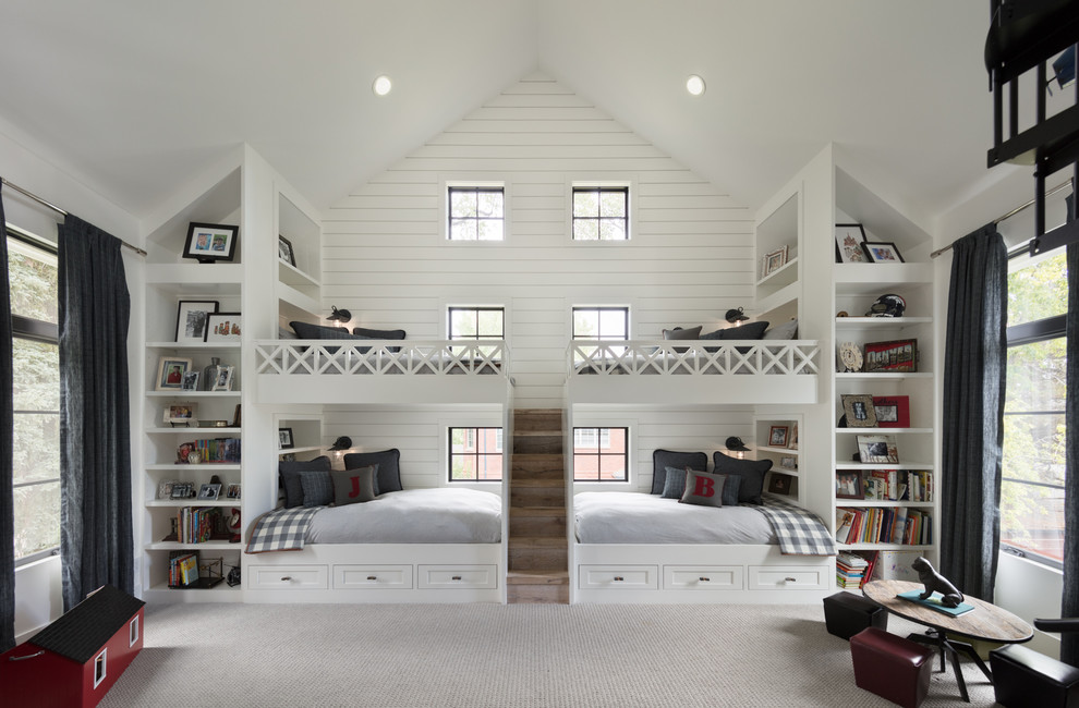Farmhouse Style Kids Bedroom with white walls Dwellingdecor