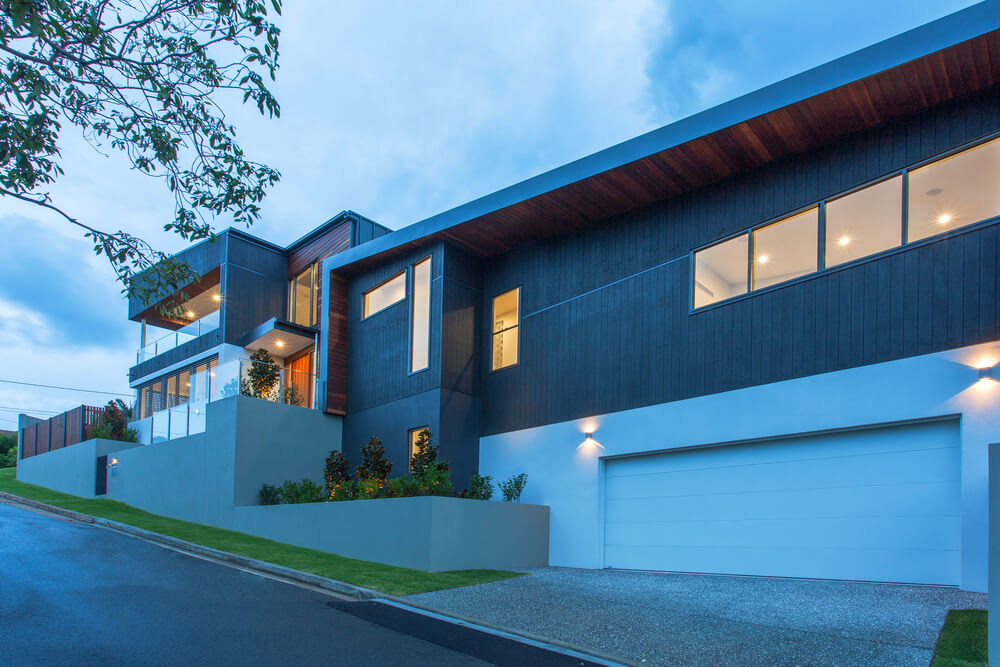 Modern Home With Attached Two Car Garage Dwellingdecor