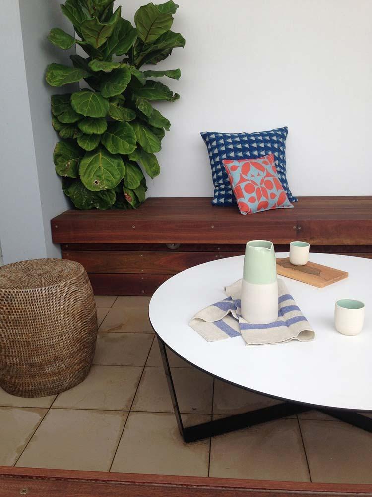 Balcony Garden With Hardwood Timber Bench Dwellingdecor