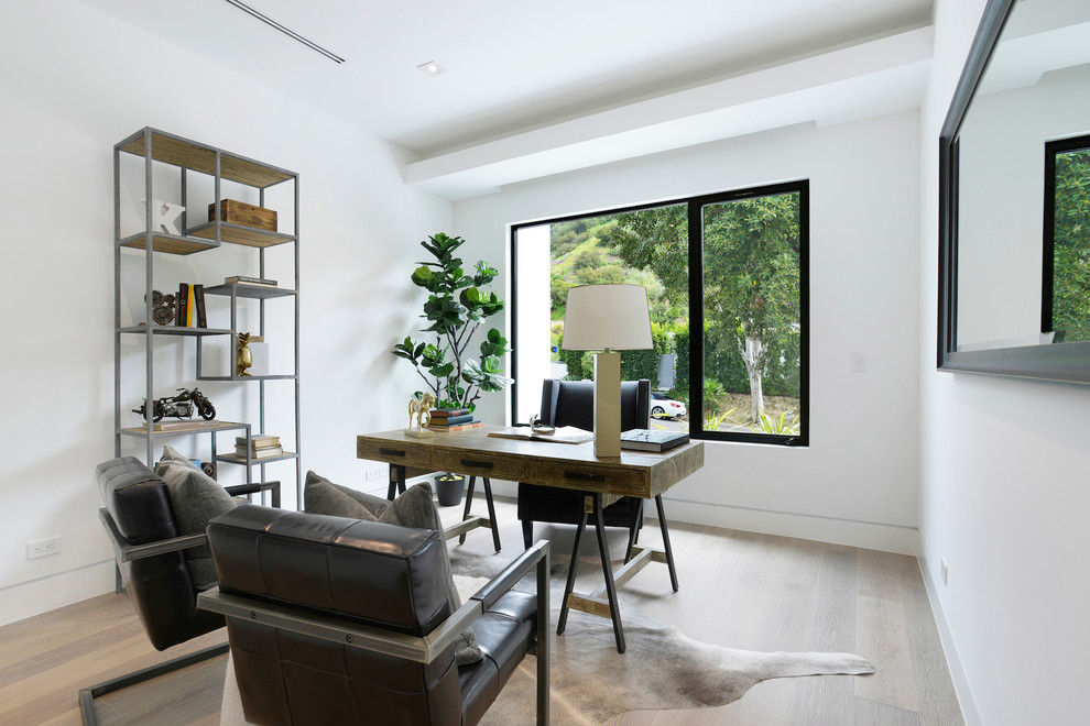 Contemporary House Home Office dwelligdecor