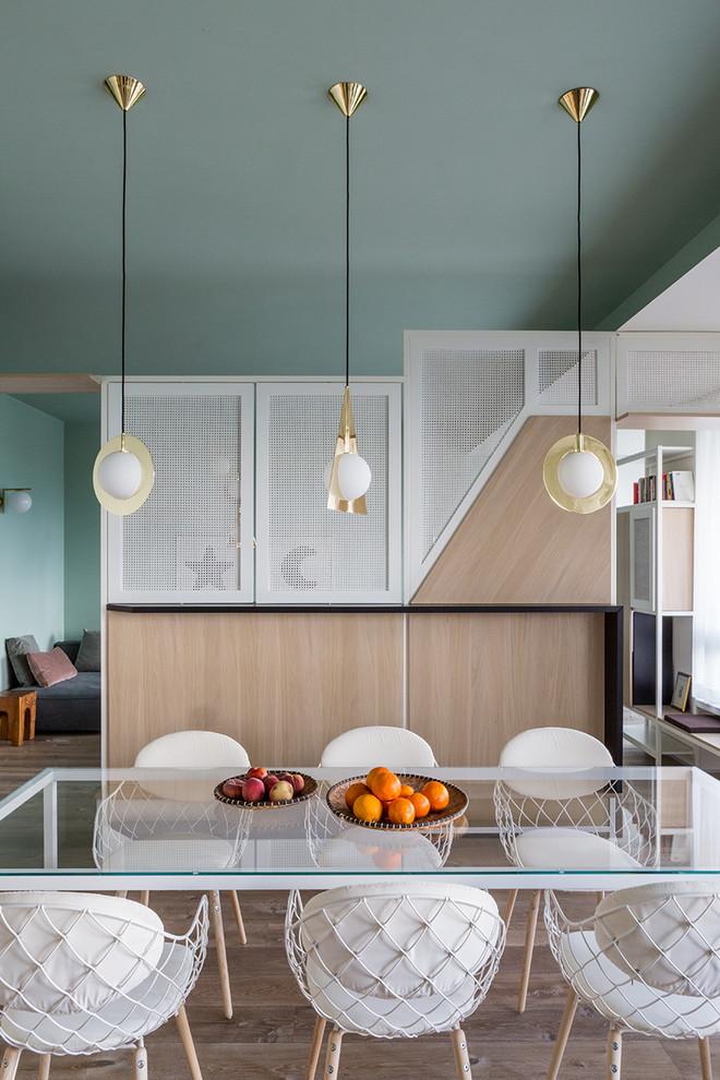 Medium Tone Wood Floor Dining Room Dwellingdecor