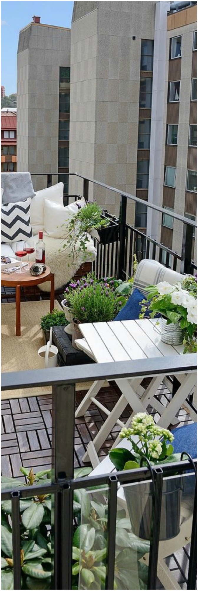 Small Balcony Garden With Sufficient Seating Area
