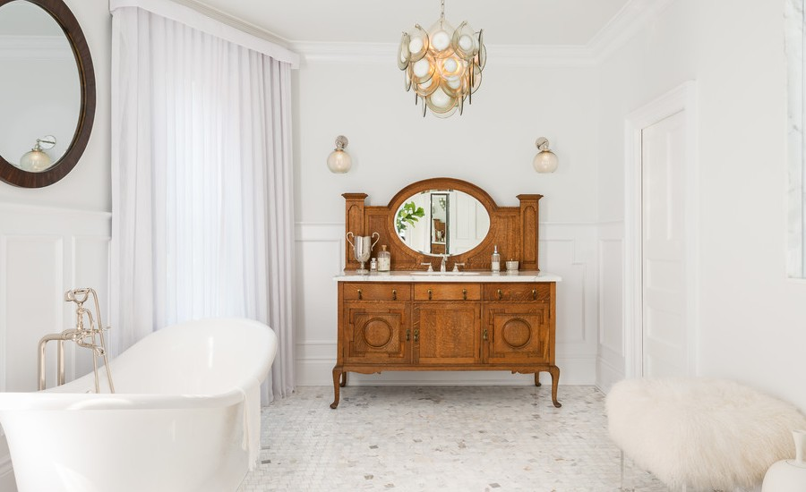 Dwellingdecor home decor inspiration for Vintage bathroom lighting ideas