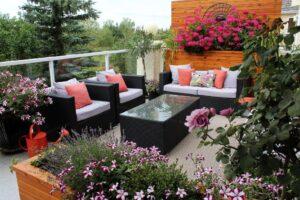 15 Best Balcony Garden Decoration Ideas