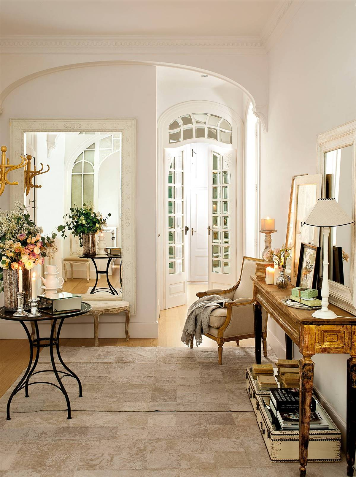 Hallway Decor Ideas11