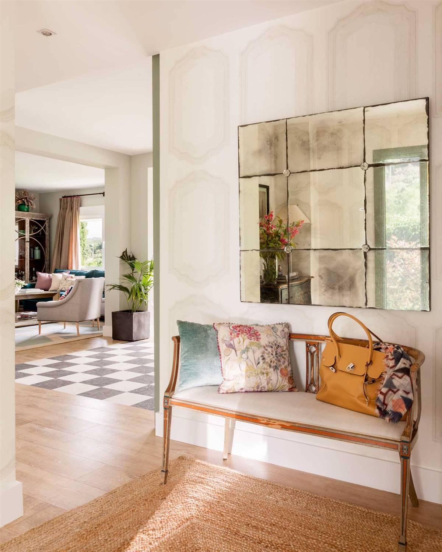 Hallway Decor Ideas18