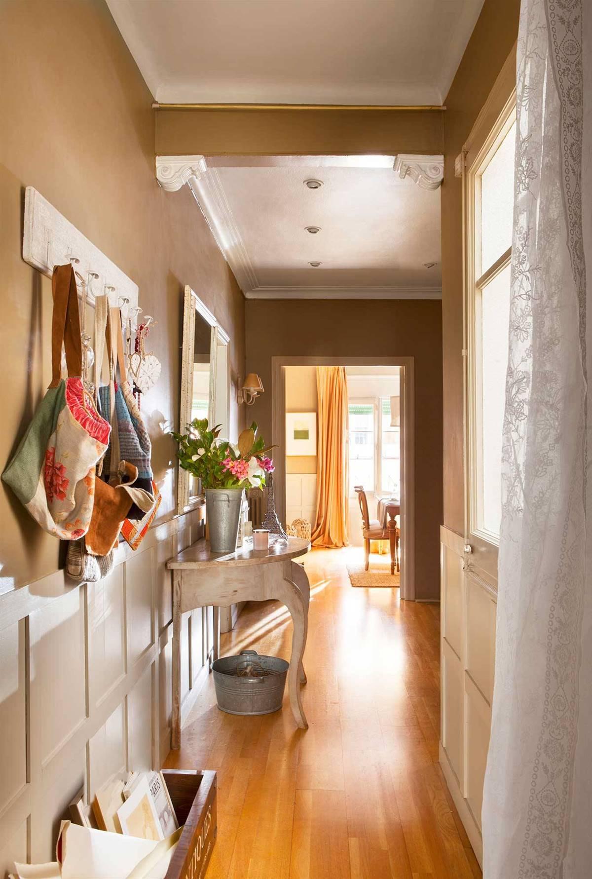 Hallway Decor Ideas22