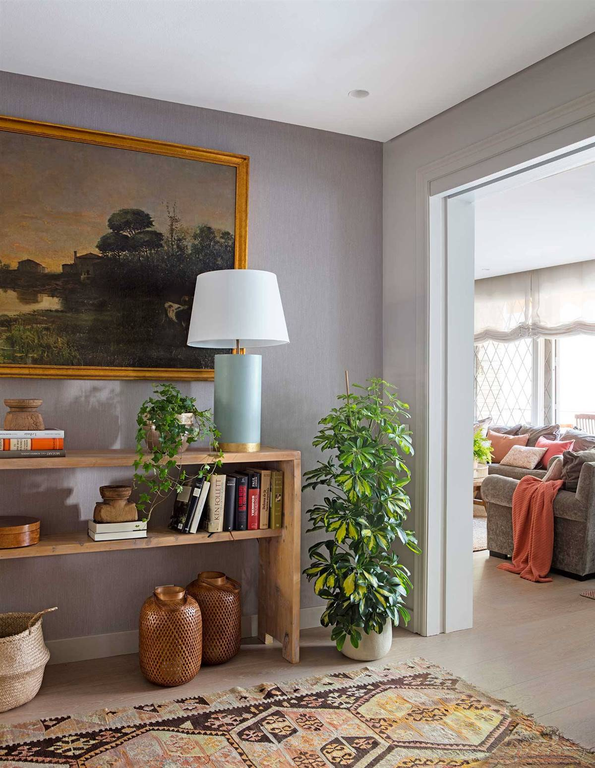 Hallway Decor Ideas30