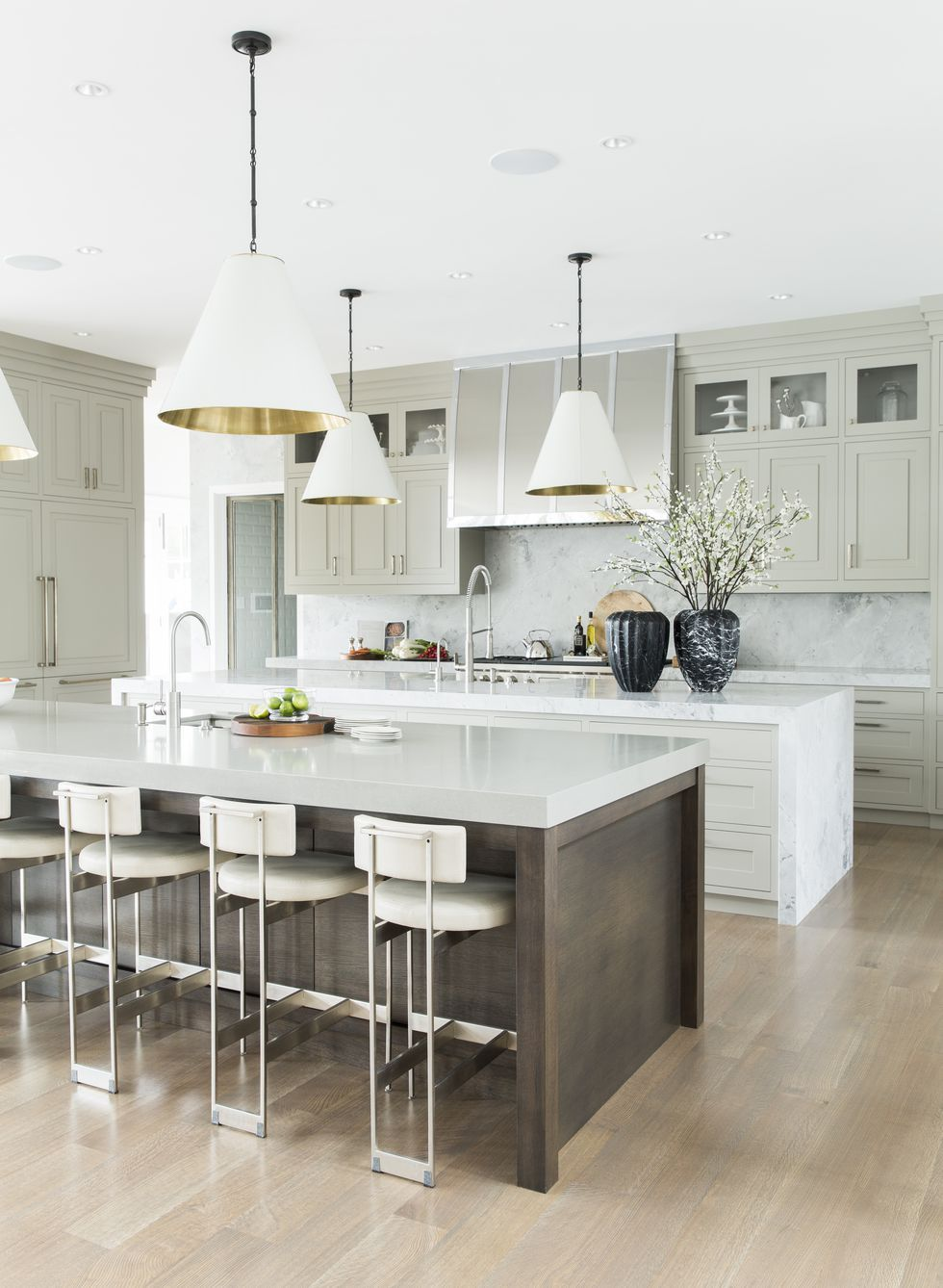 Kitchens with island