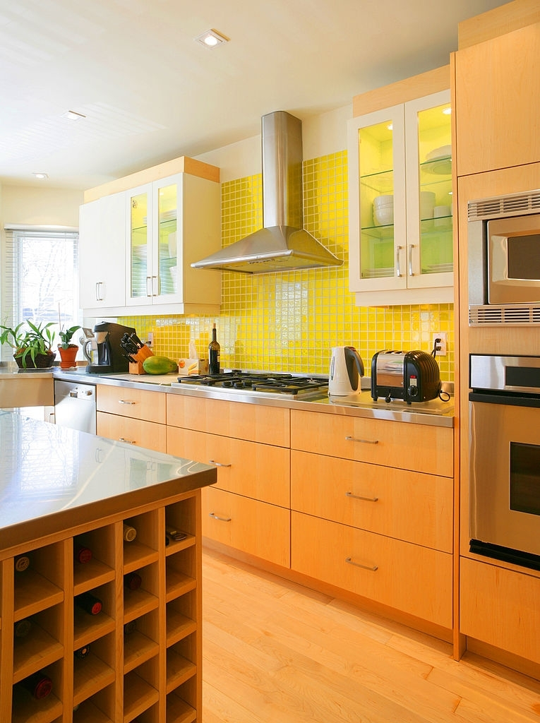 Kitchens with island1