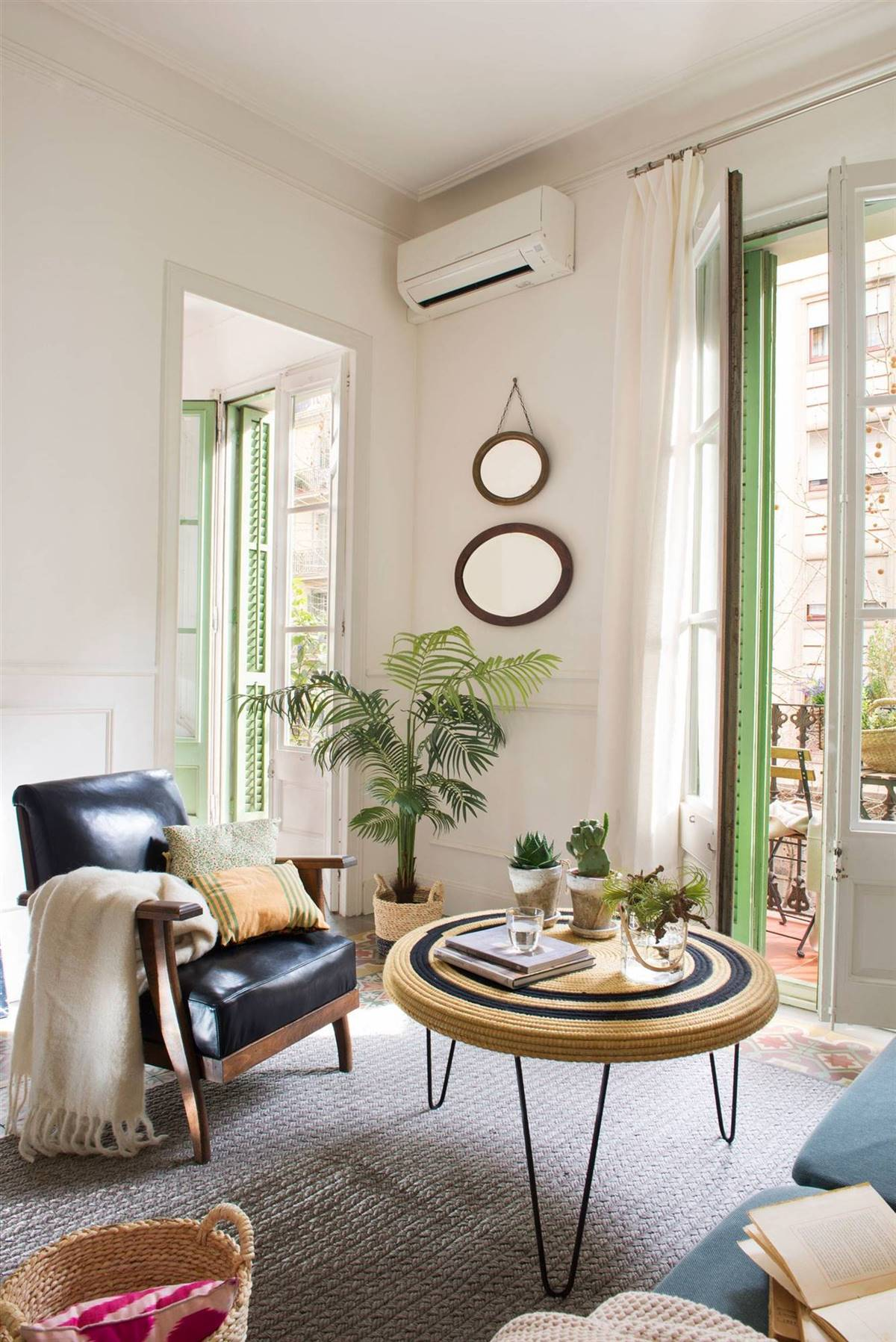 Small Living Rooms15
