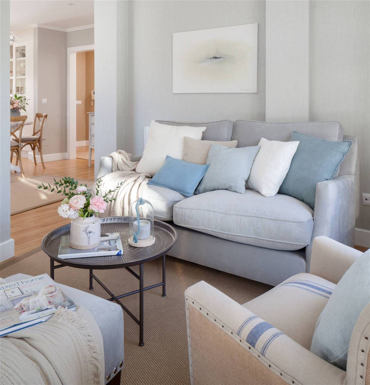 Small Living Rooms9