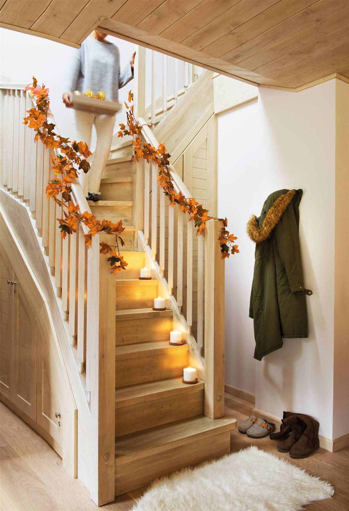 THE MOST AUTUMNAL CHRISTMAS GARLAND