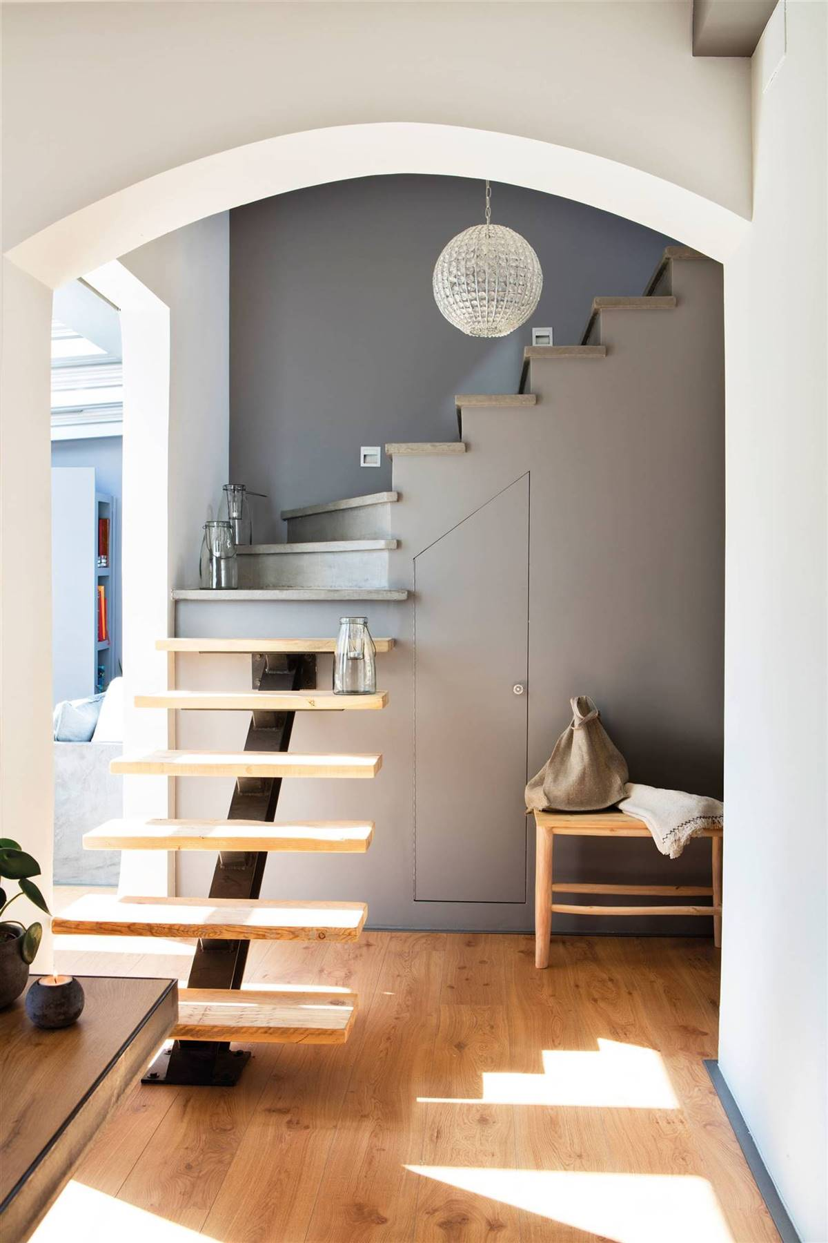 WITH CUPBOARD UNDER THE STAIRS