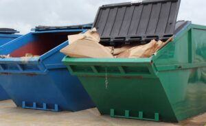 Benefits of Working with a Commercial Trash Removal Service for Business Owners