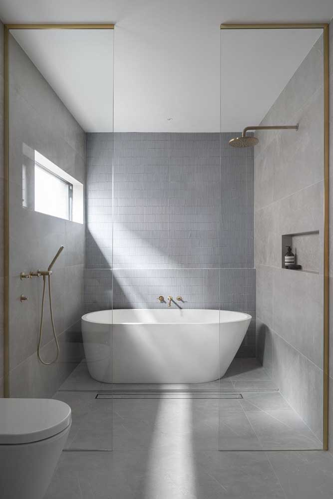 Bath and shower in the same space, but used independently.