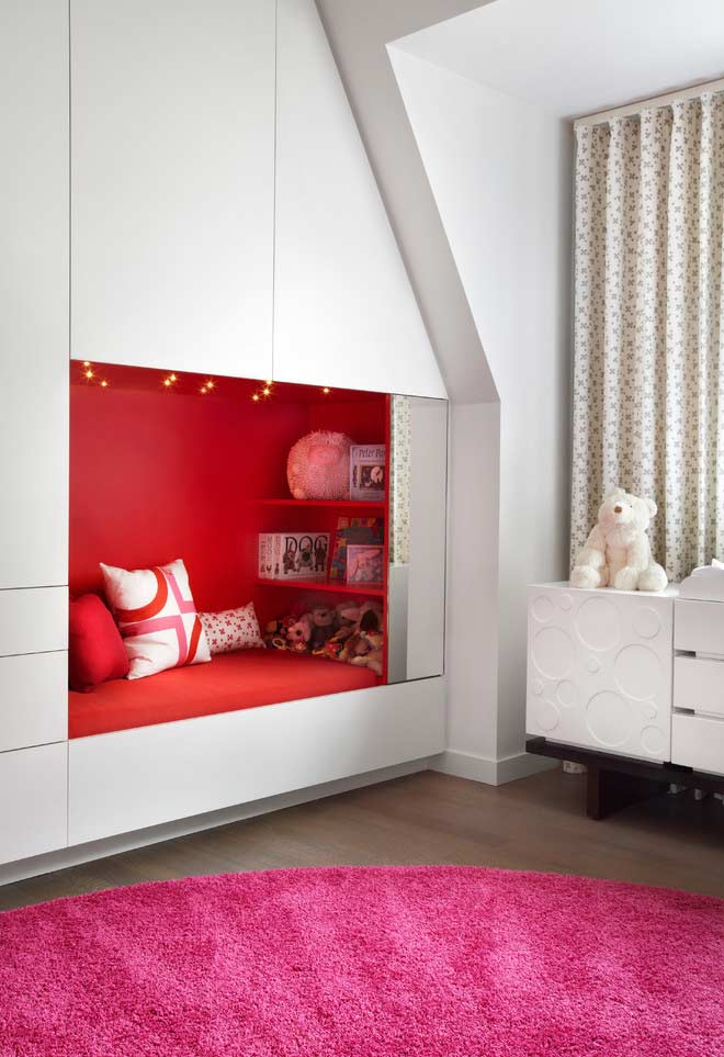 Closet designed with bed-niche