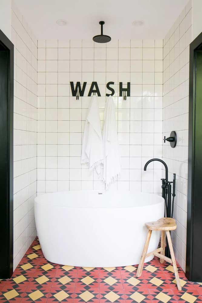 Retro bathroom with bathtub to make everything more charming.