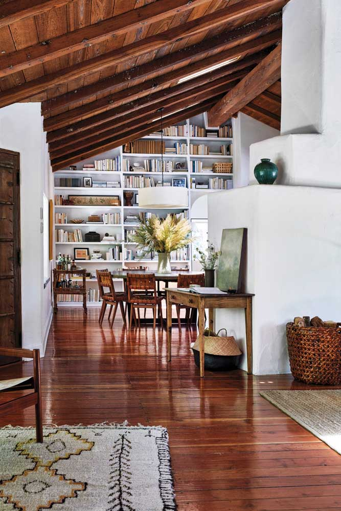 04. Wooden floor and lining to make any home more cozy.