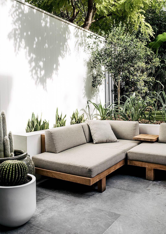 05 - The corner sofa, an essential for a cozy exterior