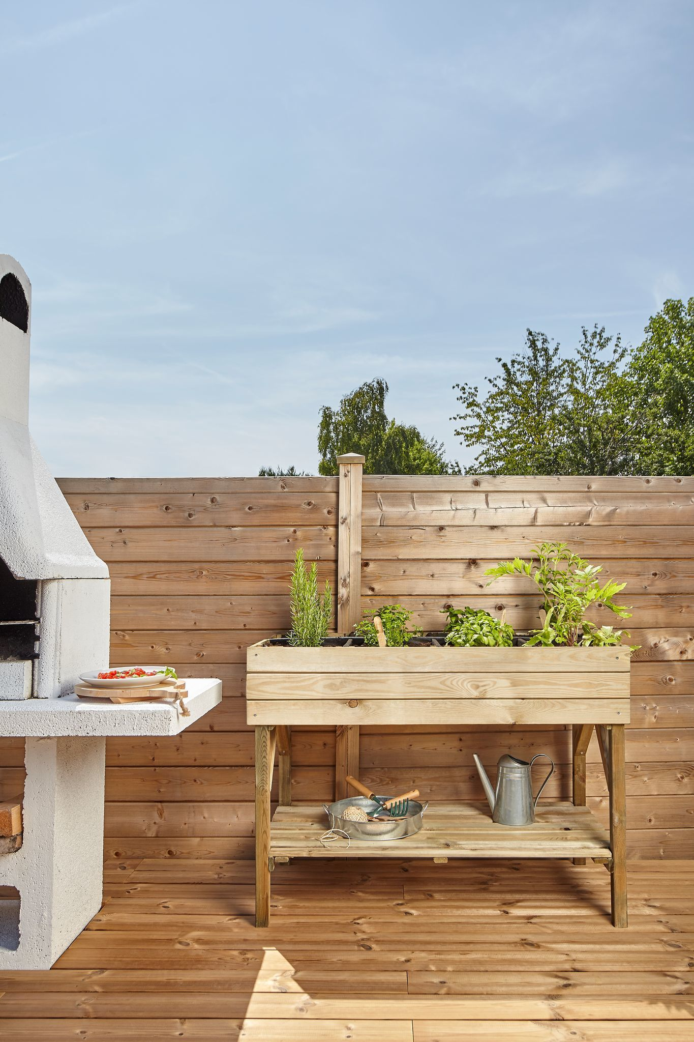 12 -The timeless wooden vegetable garden