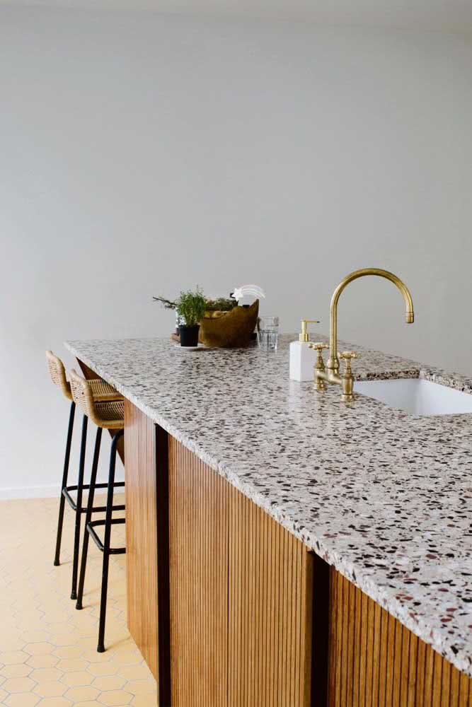 14 - White granite countertop for kitchen. Dotted lines are the main feature of this stone.