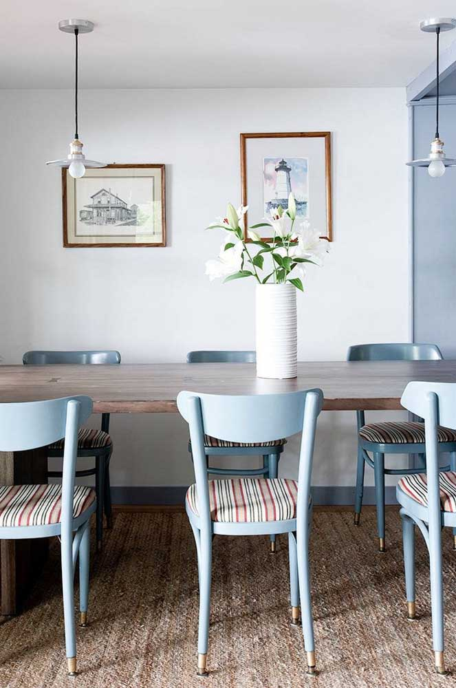15. Provencal touch in that other dining room.