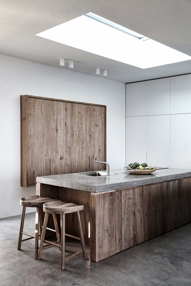 16. Modernity and rusticity are found in this kitchen.