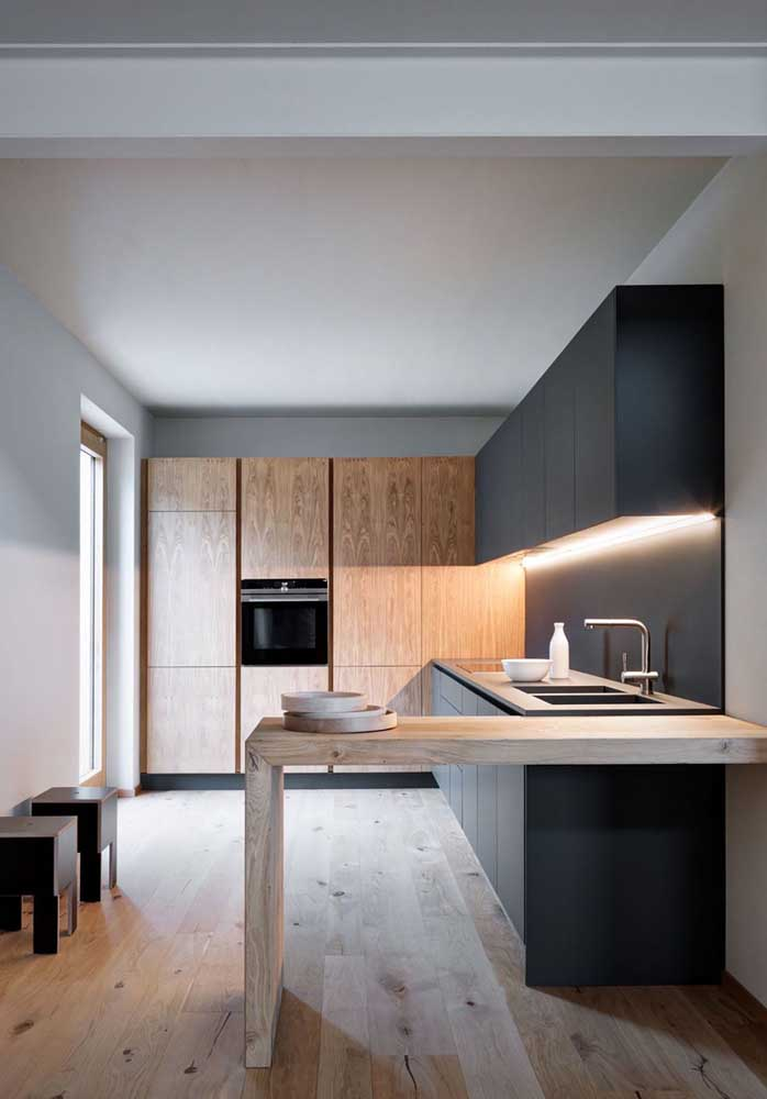 16. Recessed LED lighting is also featured in this simple small American kitchen.