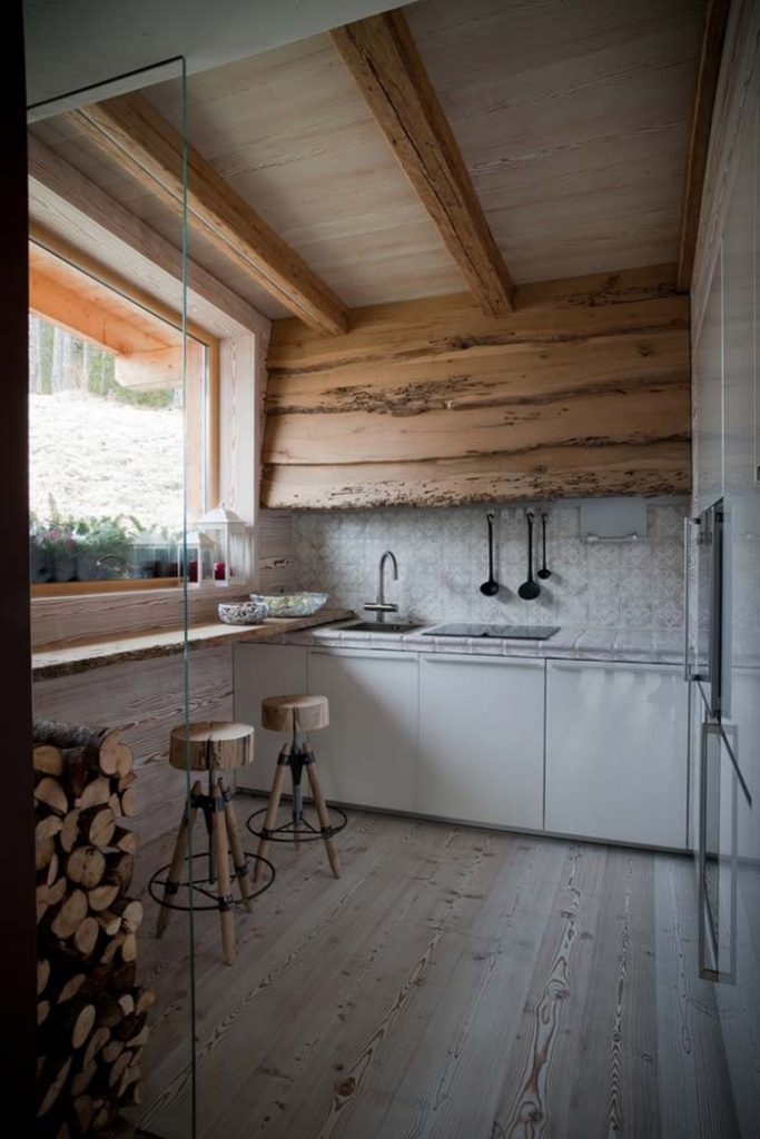 16. When in doubt, use wood to create the rustic