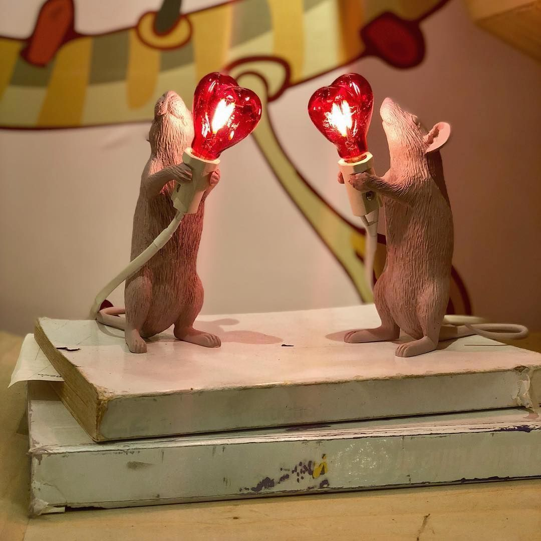 17 -Adorable mice improvise themselves into lamps at Seletti