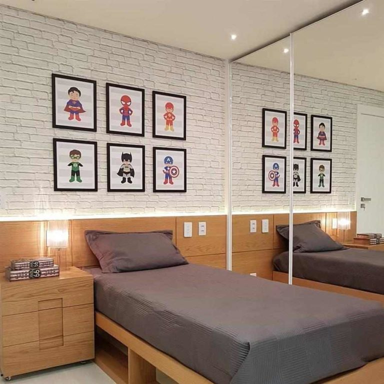 21 - Superhero decorative paintings for a boy's room