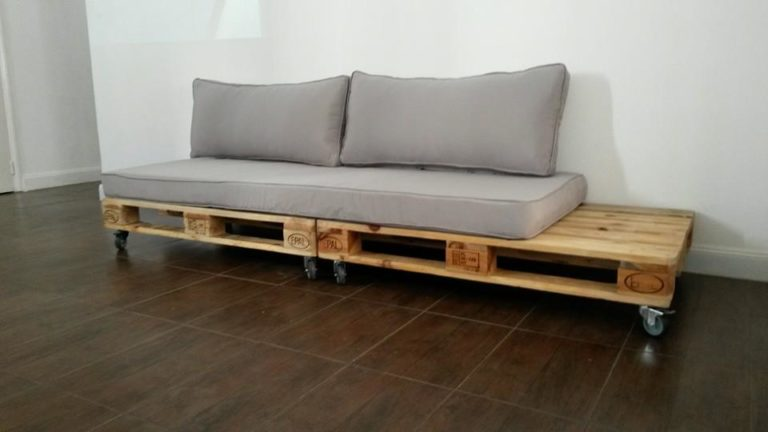 21. Simple pallet sofa model with gray upholstery