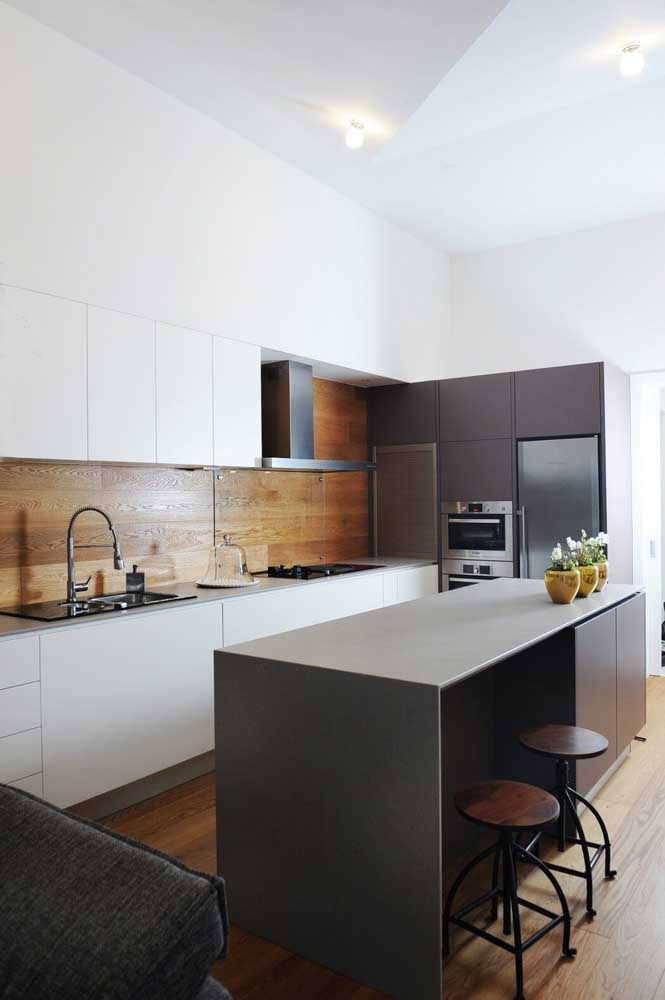 24. Small kitchen with high ceilings.