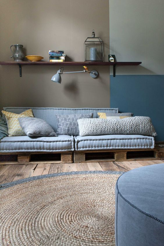 27. Just one pallet level is enough to assemble your sofa