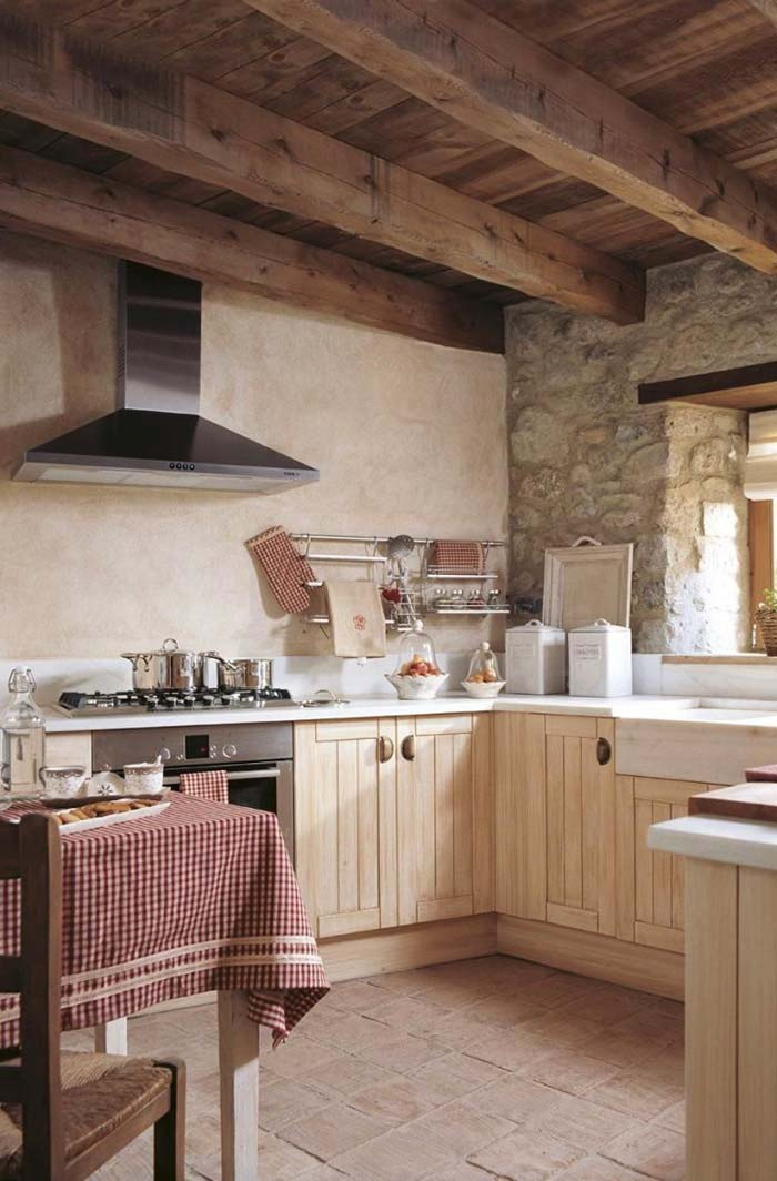 28. Earth tones in the kitchen